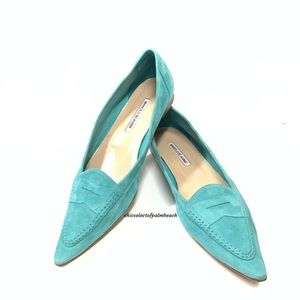 MANOLO BLAHNIK SUEDE POINTED-TOE PENNY LOAFERS
